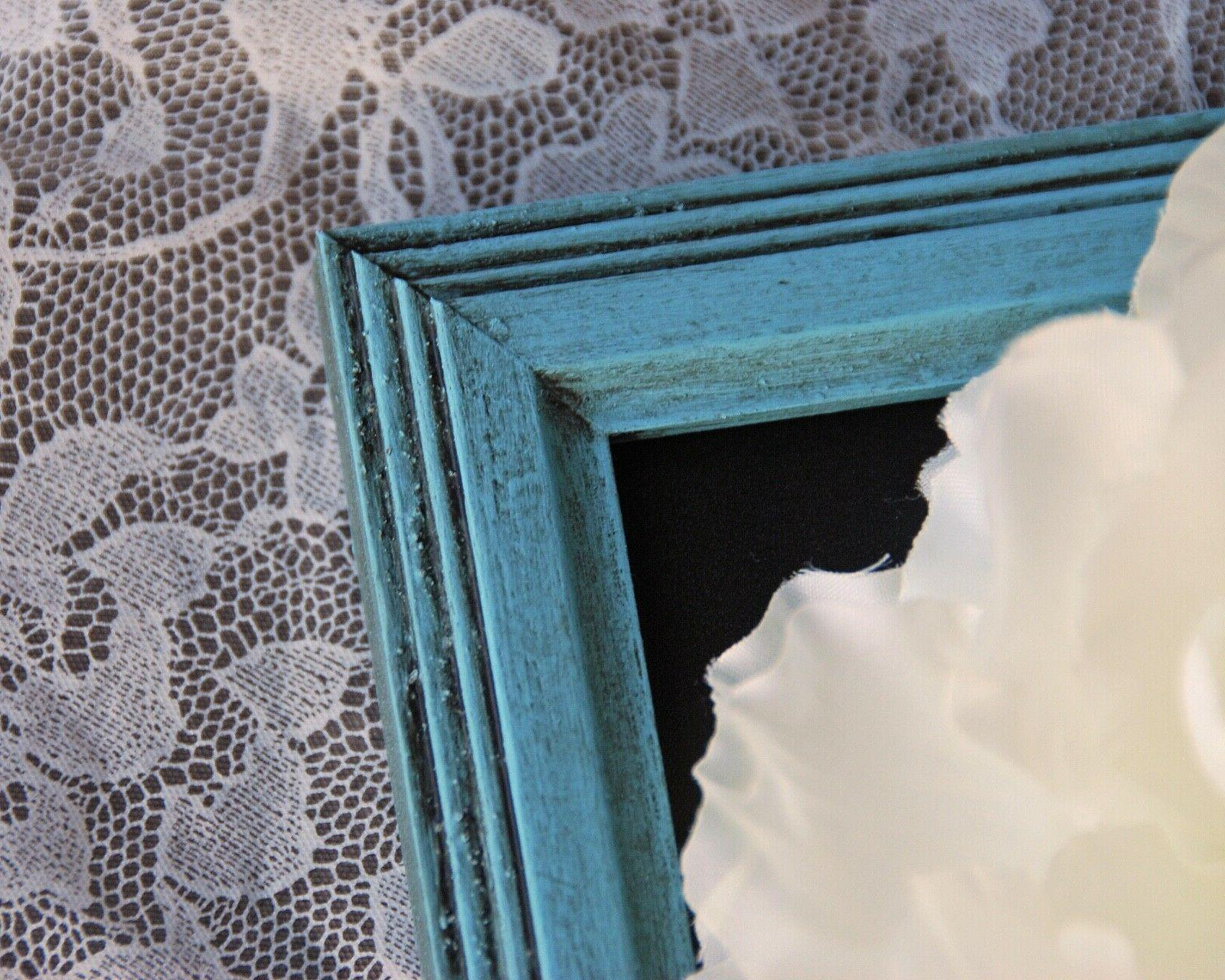 Small blue chalkboard table decorations